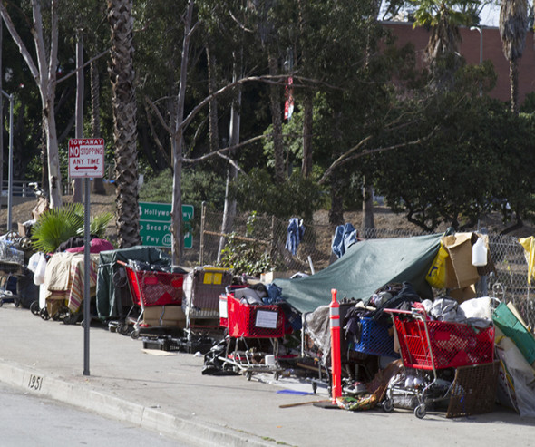 City council approves 100 million homeless plan los for Homeless shelters los angeles