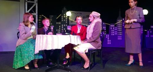 A scene from the Silverlake Children's Theatre's fall production, Sweet Smell of Success.  Left to right: Sarah Satzman, Linus Allen-Aurbach, Ida Allen Aurbach, Belle Basha, Lili Gabbro